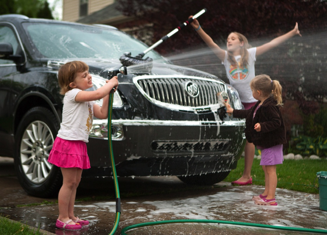 Cleaning your vehicle check out these helpful tips proguard self cleaning your vehicle check out these helpful tips proguard self storageproguard self storage solutioingenieria Image collections