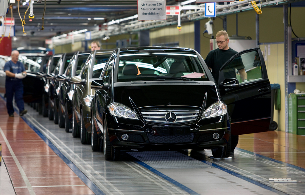 Germany's automotive industry goes from strength to strength