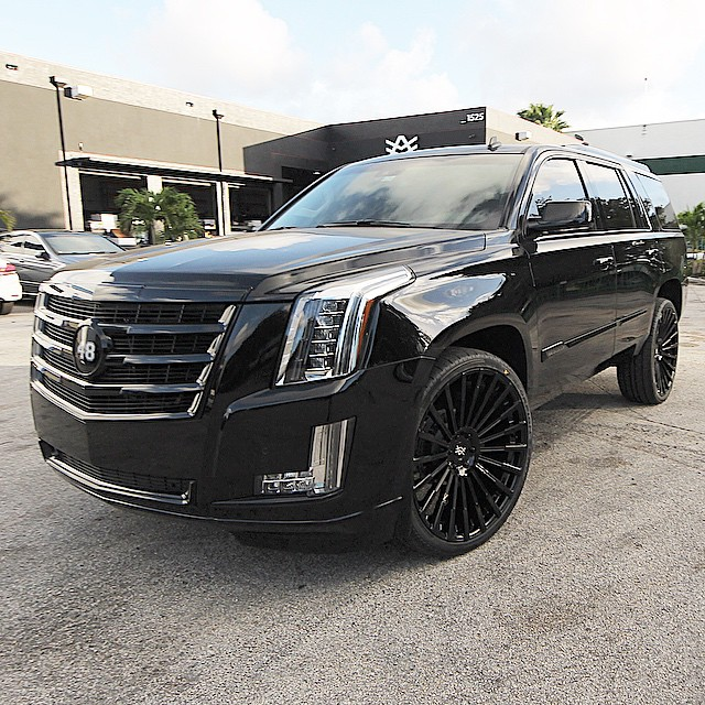 Cadillac Escalade 2015 Used: Giants' Ex Player Kung Fu Panda Goes Custom With His 2015