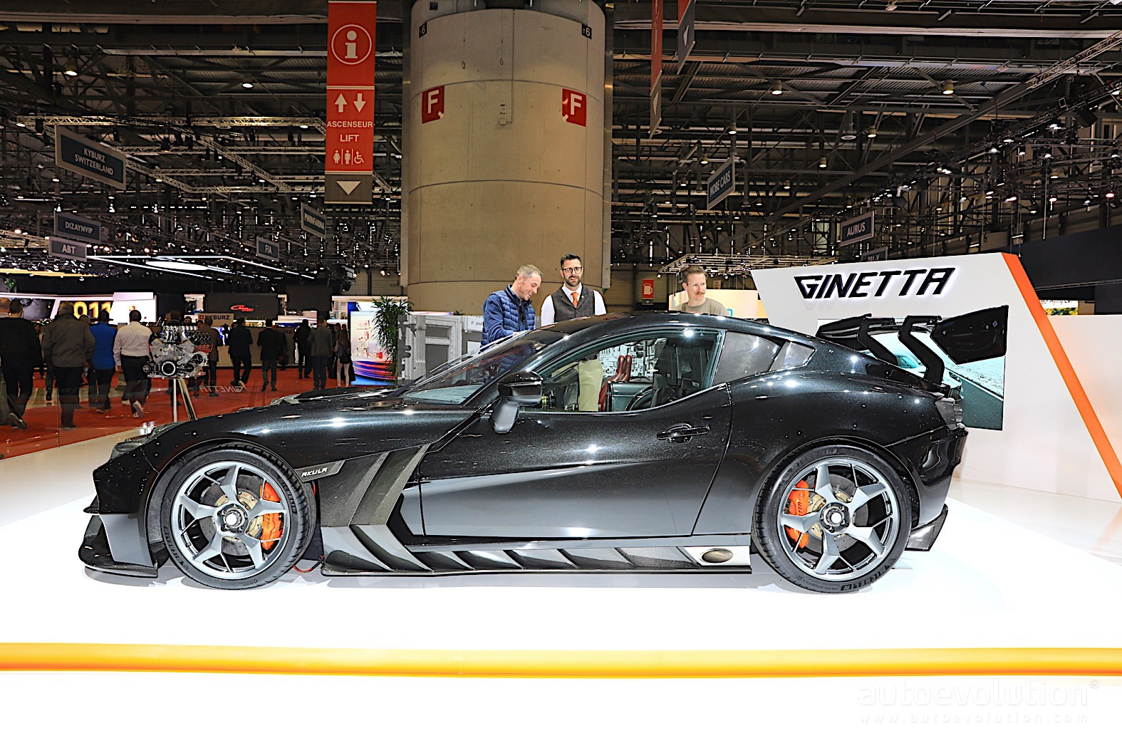 ginetta akula looks pitch black in geneva, priced at gbp 340,000