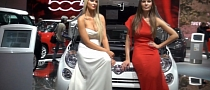 Girls at Paris Motor Show 2012 [Video]