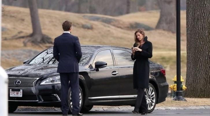Gisele Bunchen And Tom Brady Enjoy Date Night Drive Lexus