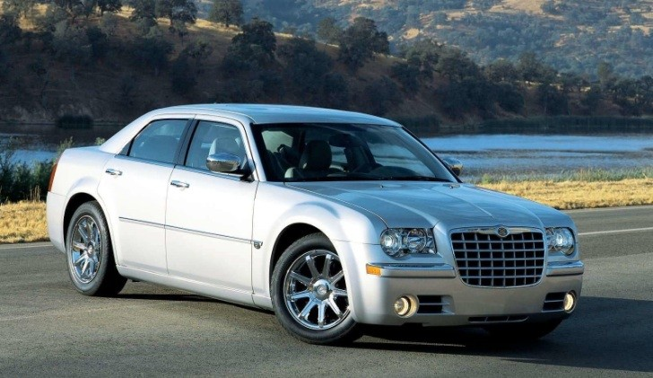 GM Brags Over Recovery of Stolen Chrysler 300 Using OnStar FMV