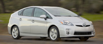 GM CEO Pokes Fun at Toyota Prius