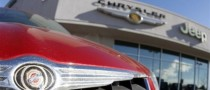 GM, Chrysler Urge Dealers to Order Cars