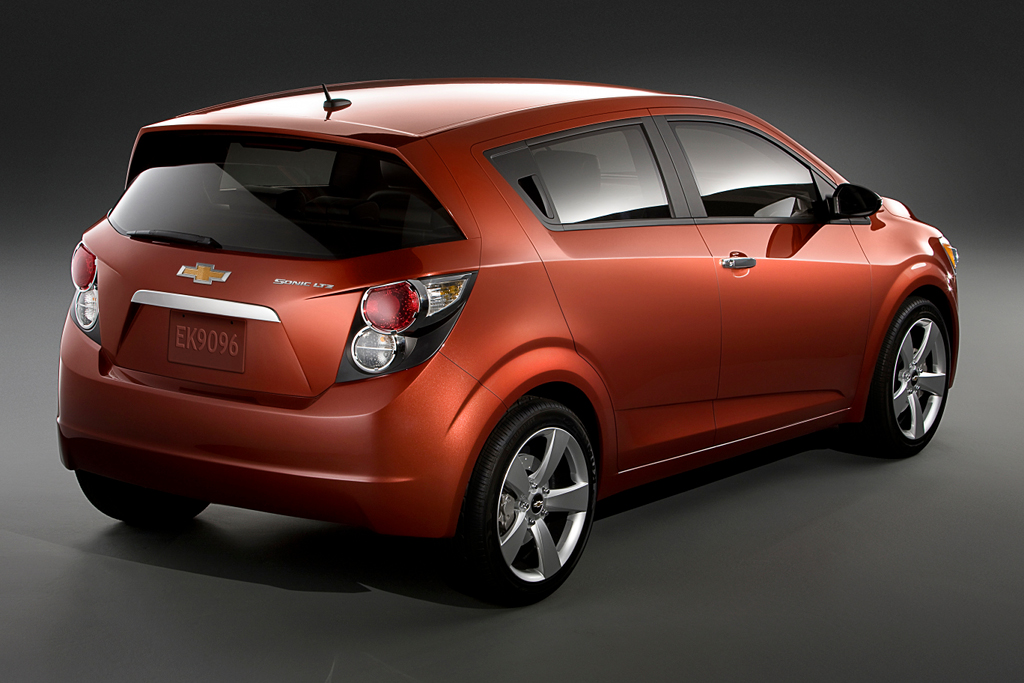 gm confirms chevrolet sonic as new us built small car autoevolution. Black Bedroom Furniture Sets. Home Design Ideas