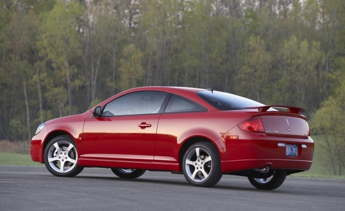 Gm Recalls 53 000 Cobalt Saturn Ion Pontiac G5