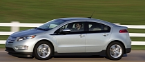 GM Says Chevy Volt Is Safe, Provides Free Change Cars Anyway