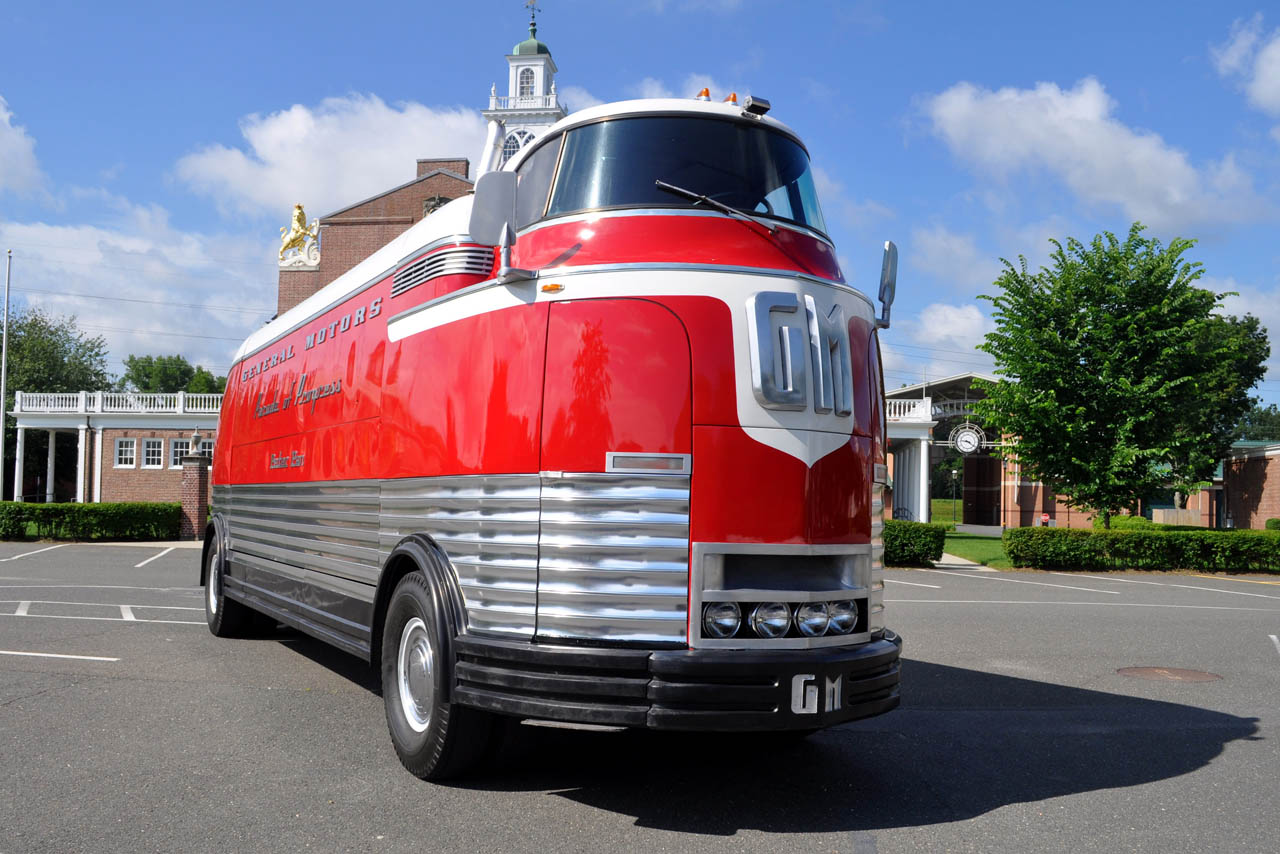 Most Expensive Truck Ever Built >> GMC Futurliner to Rewrite eBay Record Books - autoevolution