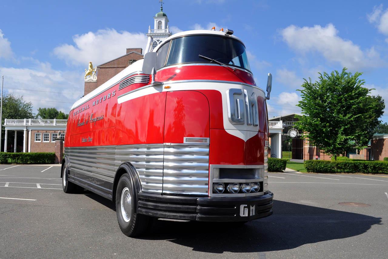 Gmc futurliner to rewrite ebay record books autoevolution for Ebay motors used trucks