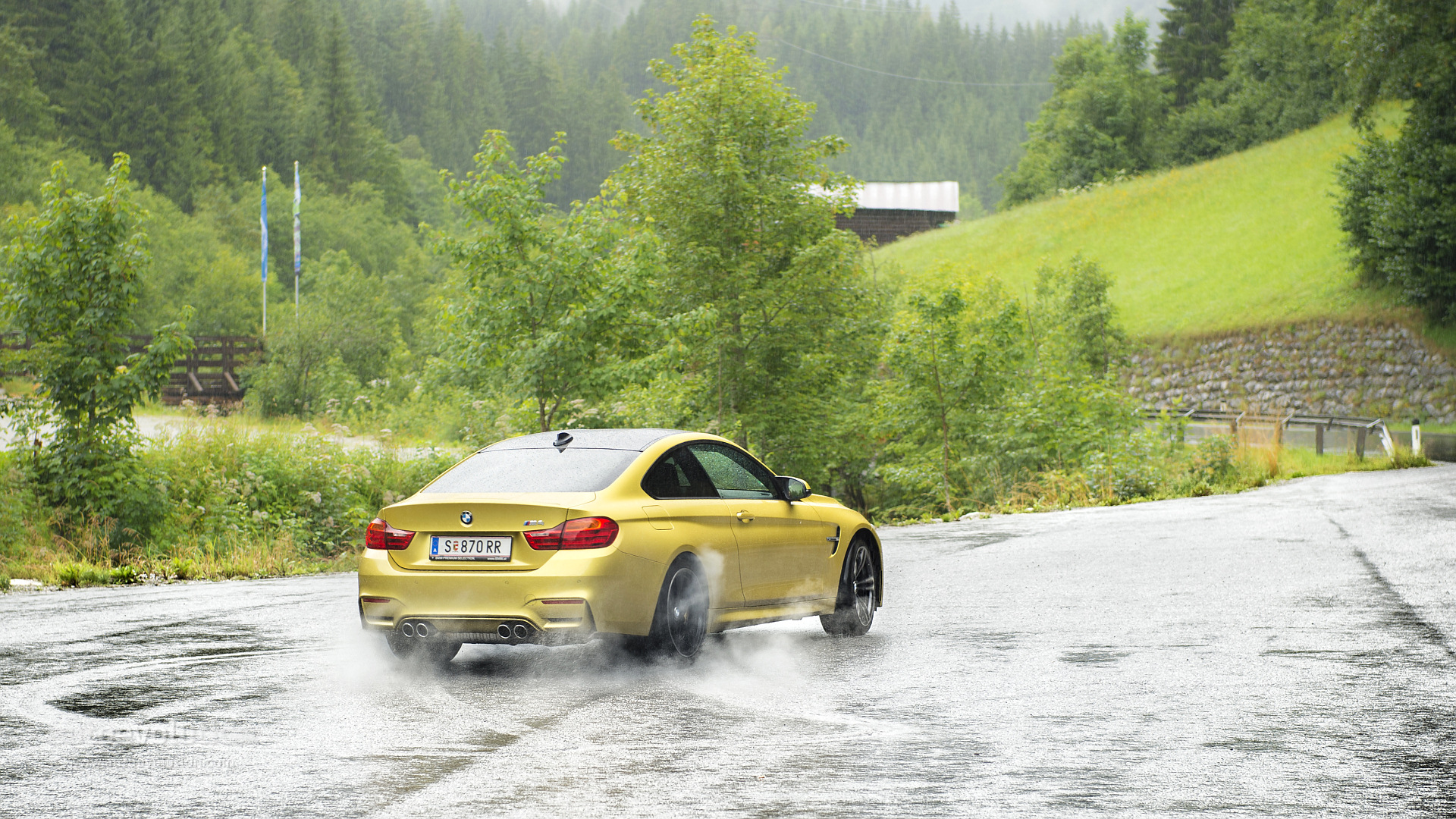 Go For A Lap Around Nurburgring Aboard A Bmw M4 Autoevolution