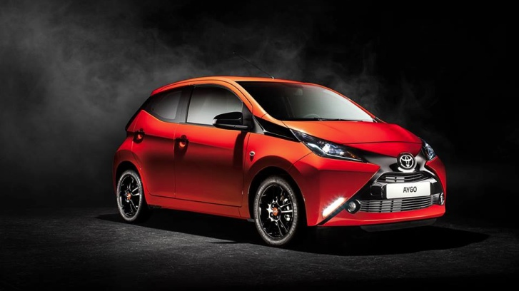 go fun yourself new toyota aygo gets fully revealed autoevolution. Black Bedroom Furniture Sets. Home Design Ideas