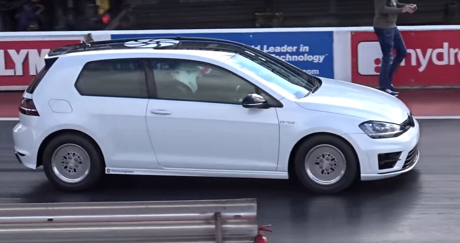 Golf R With RS3 2 5-Liter Engine Runs 10s Quarter-Mile - autoevolution