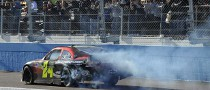 Gordon Wins at Phoenix, Ends Bad Karma