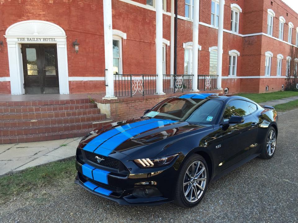 grabber blue stripes on black 2015 ford mustang gt fastback