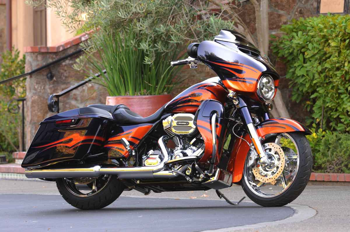 harley davidson faulty clutch recall affects more than 45 000 bikes injuries reported. Black Bedroom Furniture Sets. Home Design Ideas