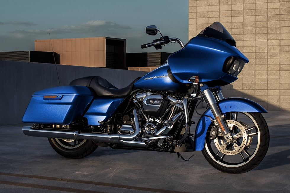 harley davidson recalls touring models over oil leak. Black Bedroom Furniture Sets. Home Design Ideas