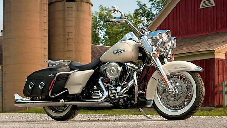 Harley-Davidson Road King Classic Shows 2014 Upgrades - autoevolution