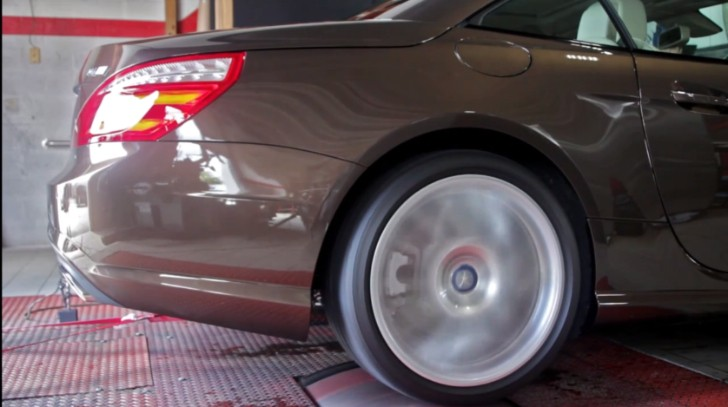 Hear an SL550 With RENNtech Mufflers on Dyno [Video]