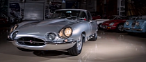 Heavily Modified 300 HP Jaguar E-Type at Leno's Garage [Video]