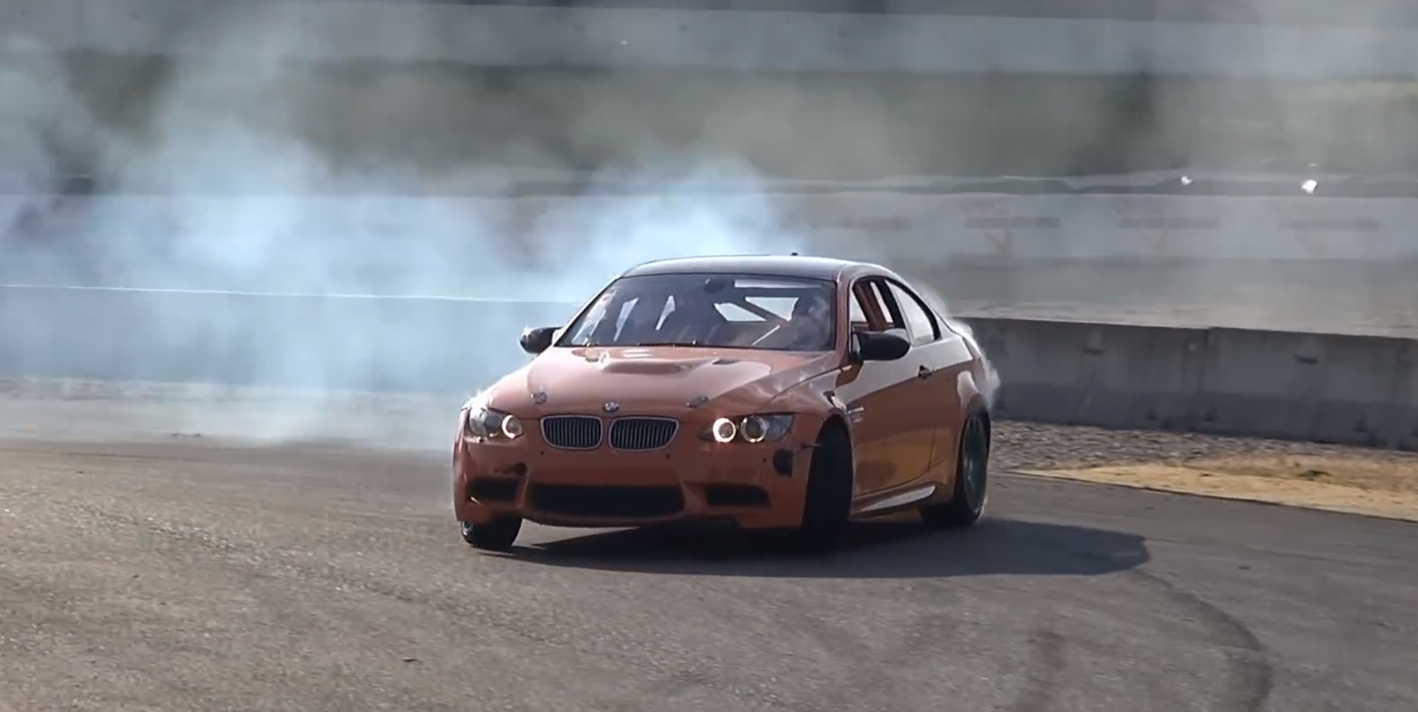 Heavily Modified Bmw E92 M3 Burns Some Rubber To Remind Us Of The S65 V8 Autoevolution