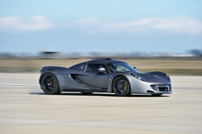 hennessey sets new speed record claims venom gt faster than bugatti veyron video autoevolution. Black Bedroom Furniture Sets. Home Design Ideas