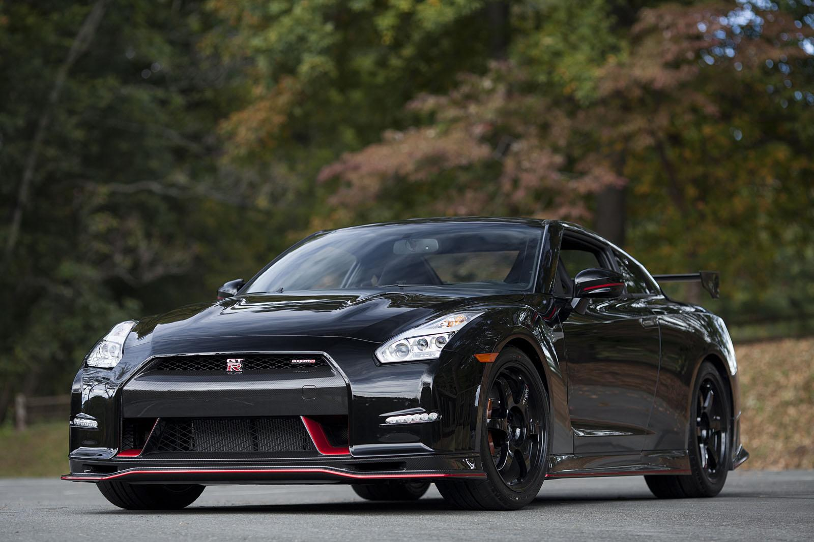 Here's the First US Delivery of the 2015 Nissan GT-R Nismo [Video ...