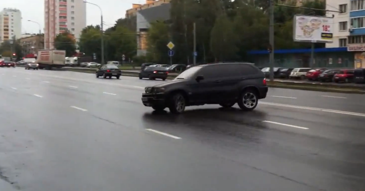 Here's What You Can Do with Your BMW X5 on a Slippery Street [Video]