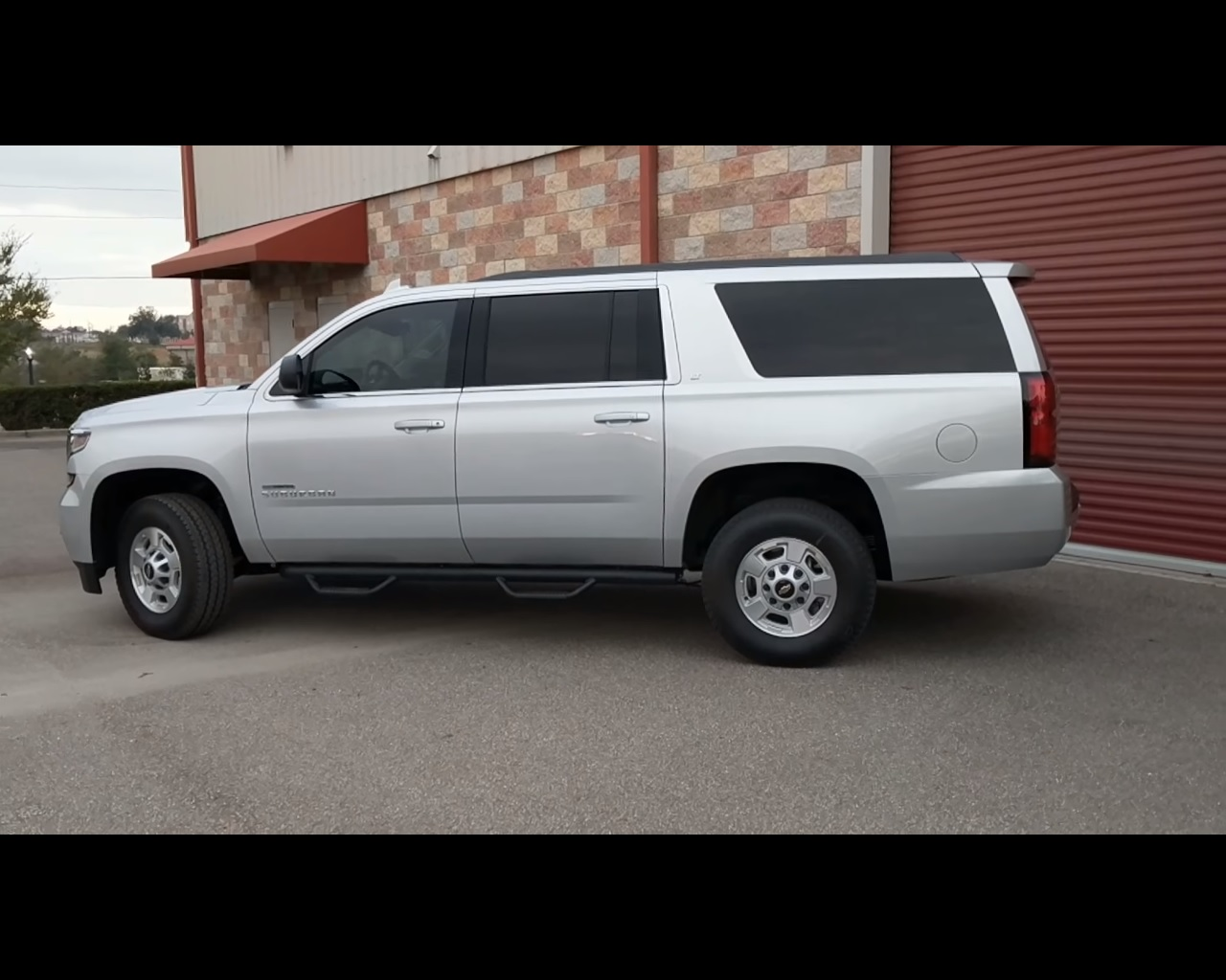 here s a chevrolet suburban converted to duramax diesel power
