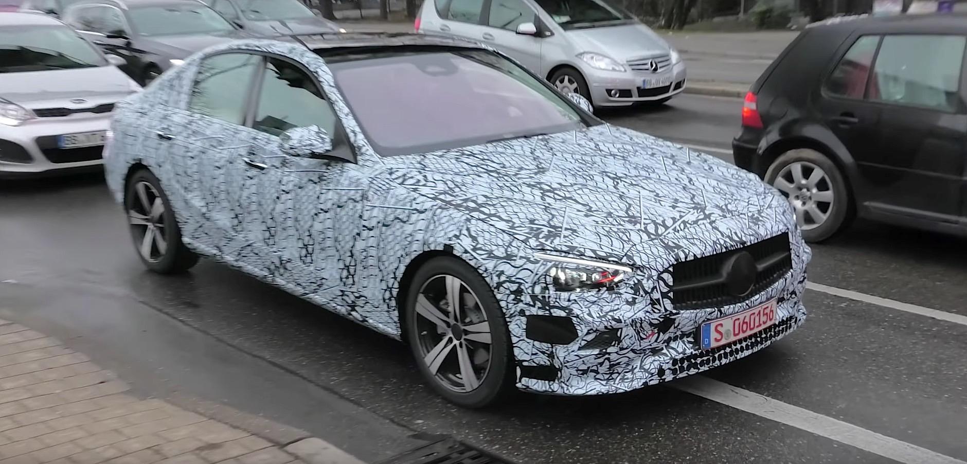 2021 Mercedes-Benz C-Class Speed Test