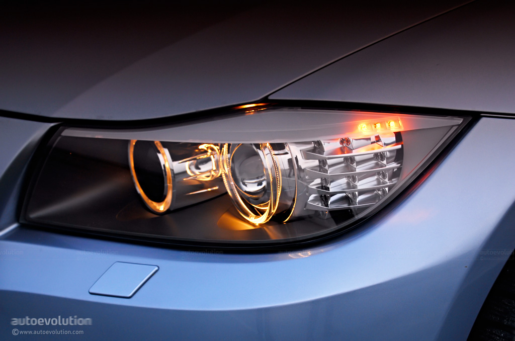 History Of Automotive Headlamps From Acetylene To Leds Autoevolution
