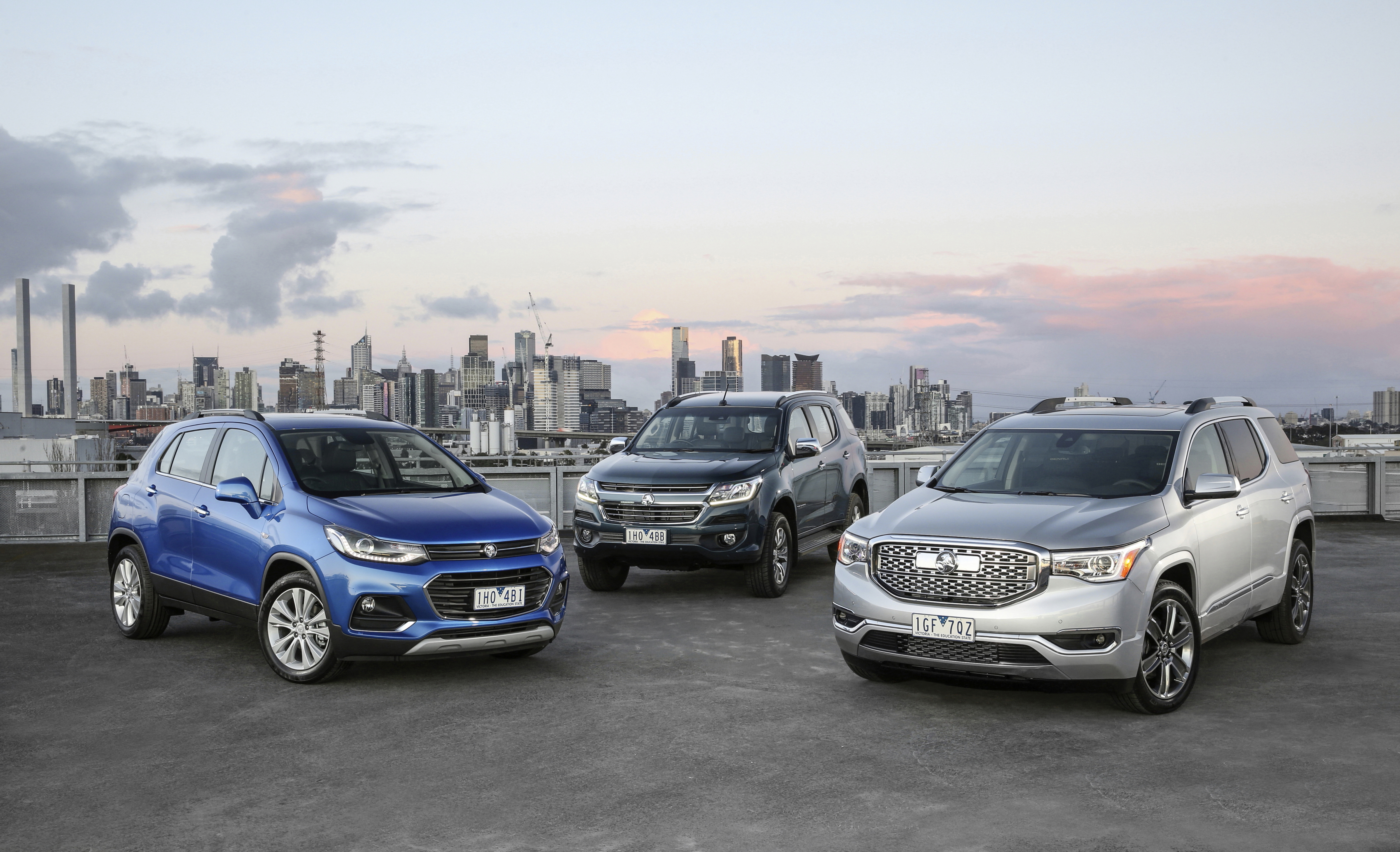 Holden Acadia Revealed, Goes On Sale In 2018 - autoevolution