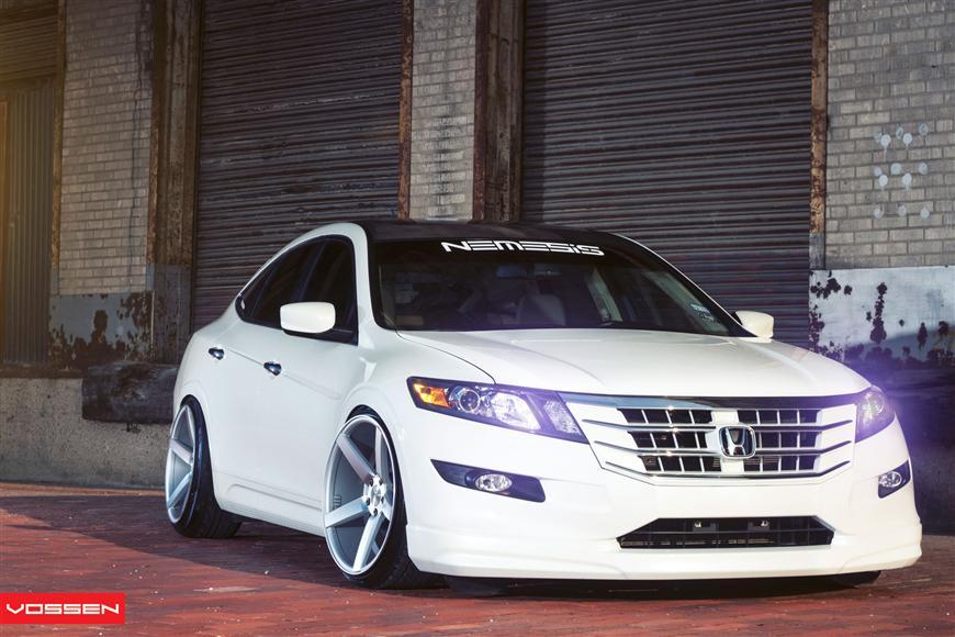 honda accord crosstour on vossen wheels autoevolution Honda Accord Crosstour