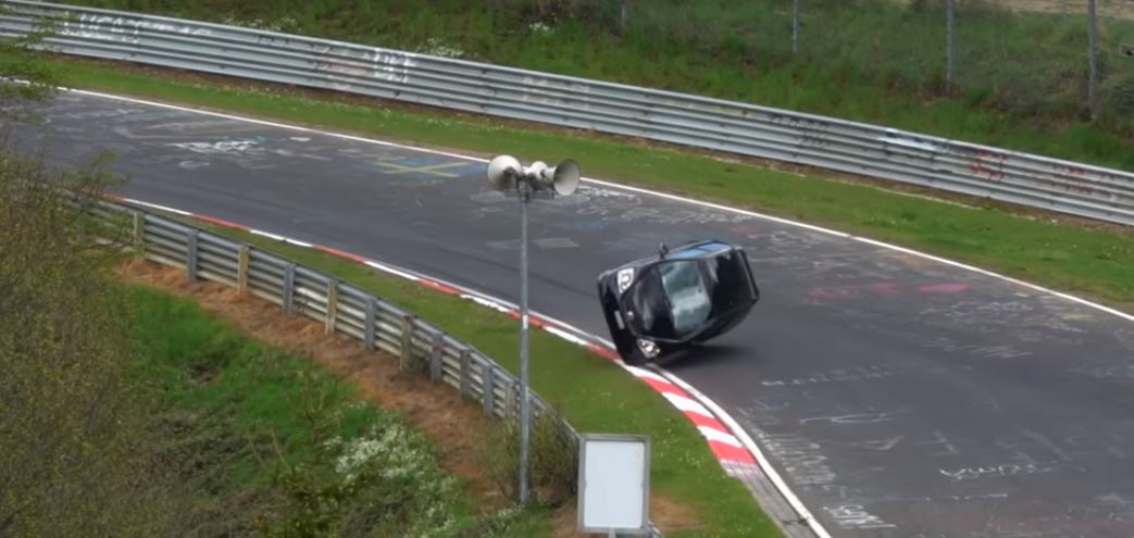 Honda Civic Type R Driver Can't Handle Lift-Off Oversteer, Causes ...