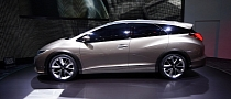 Honda Civic Wagon Concept Looks Beautiful in Geneva [Live Photos]