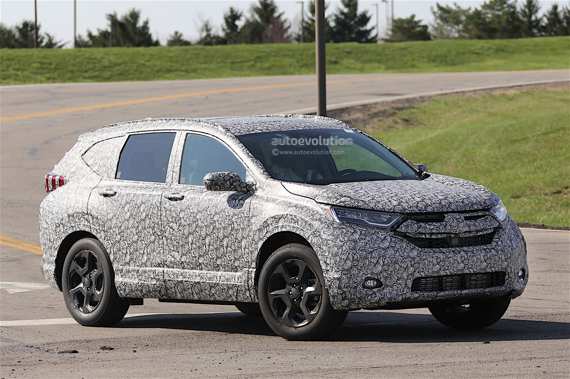 2018 Honda CR-V Spied for the First Time - autoevolution