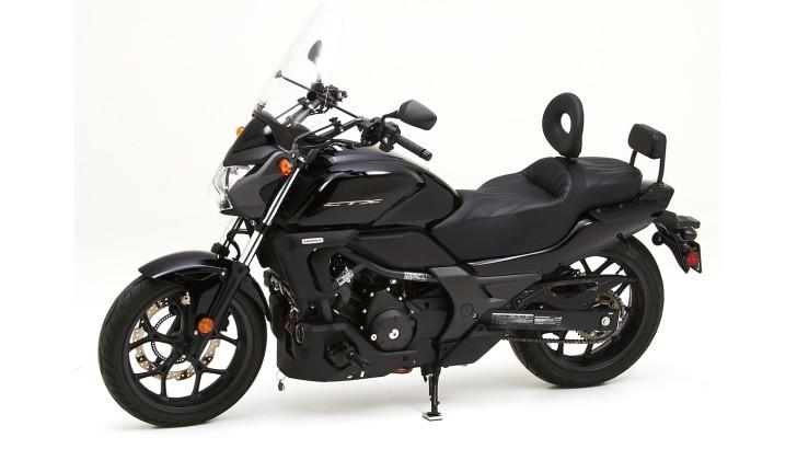 honda ctx 700 and 700n get corbin saddles autoevolution. Black Bedroom Furniture Sets. Home Design Ideas