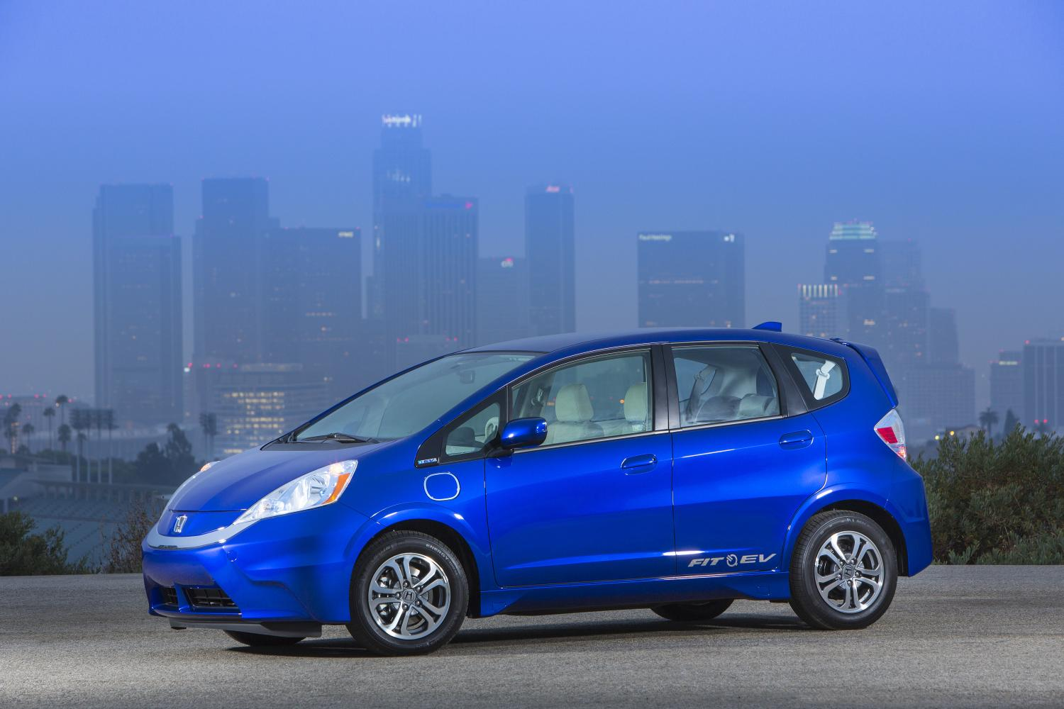 Honda cuts monthly lease price for fit ev autoevolution for 1 year car lease honda