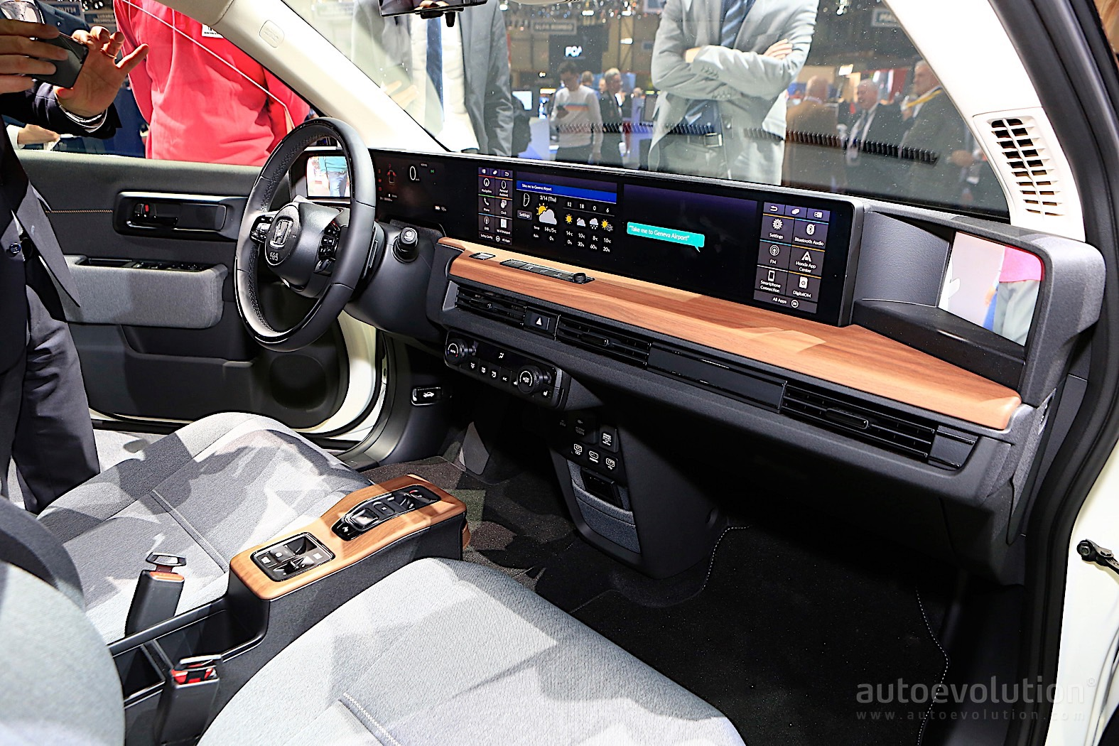 Honda E Prototype Shows Funky Interior in Geneva
