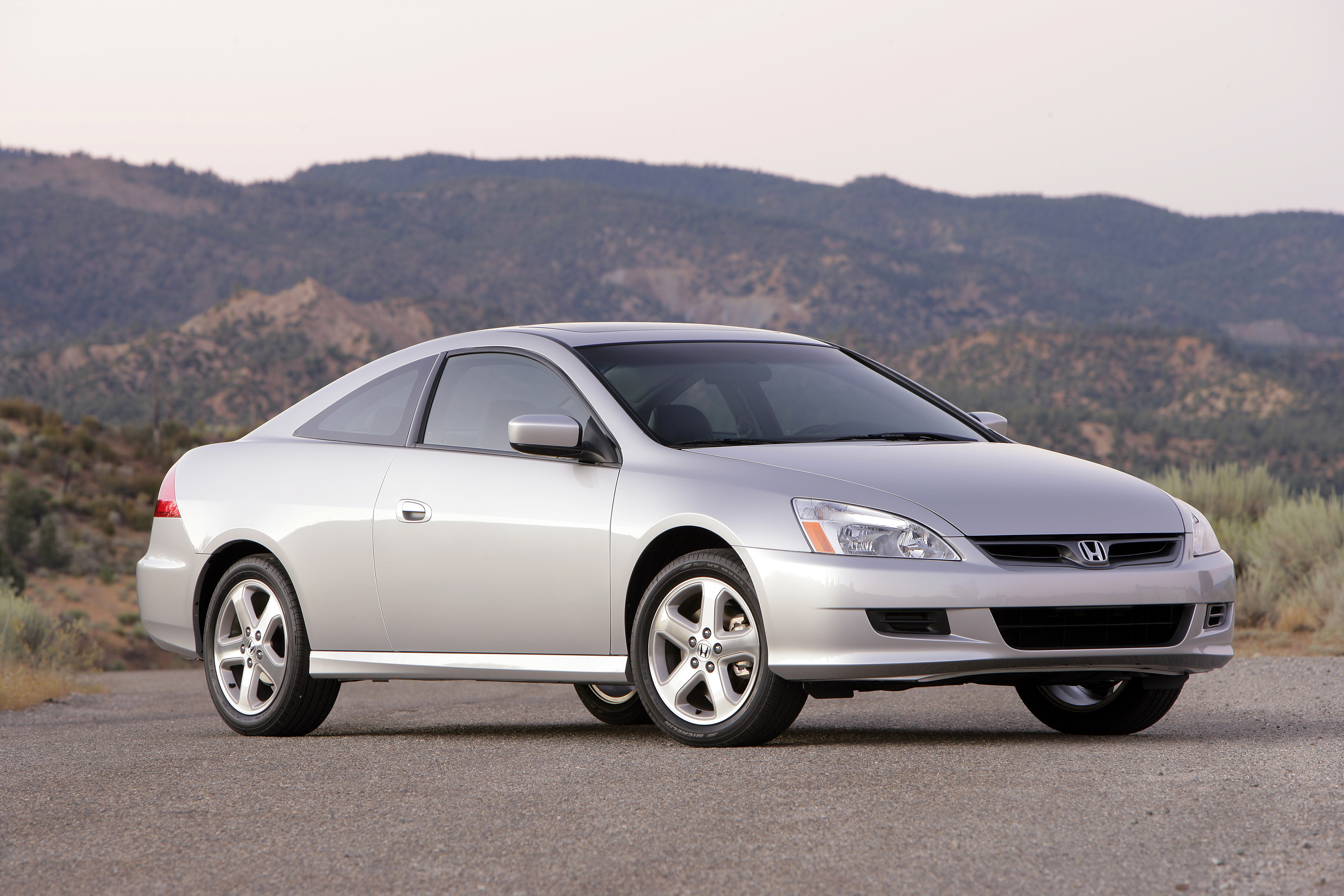 Honda Expands Takata Airbag Recall by 350 000 Vehicles autoevolution