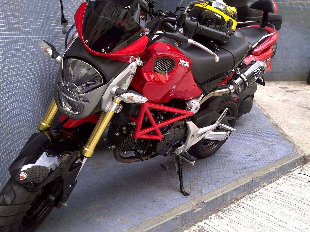 honda grom becomes ducati monster - autoevolution