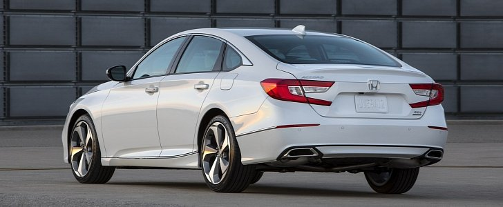 Honda improves 2018 accord lease price by up to 1 100 for Honda accord lease price