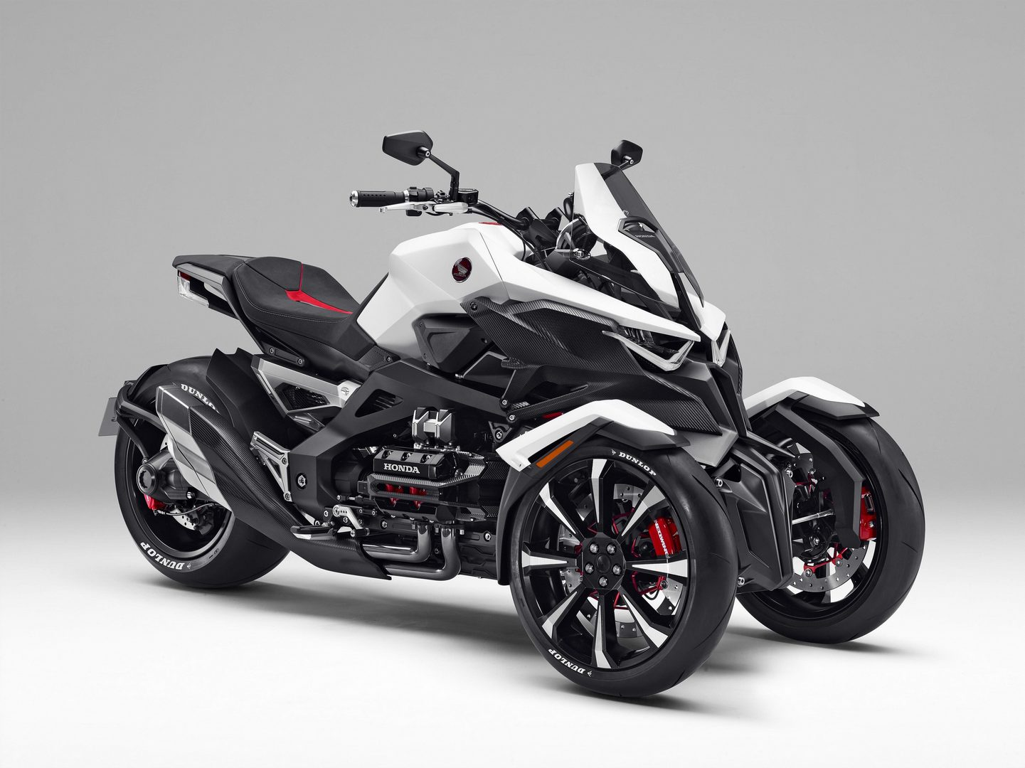 honda-neowing-concept-marries-the-piaggi