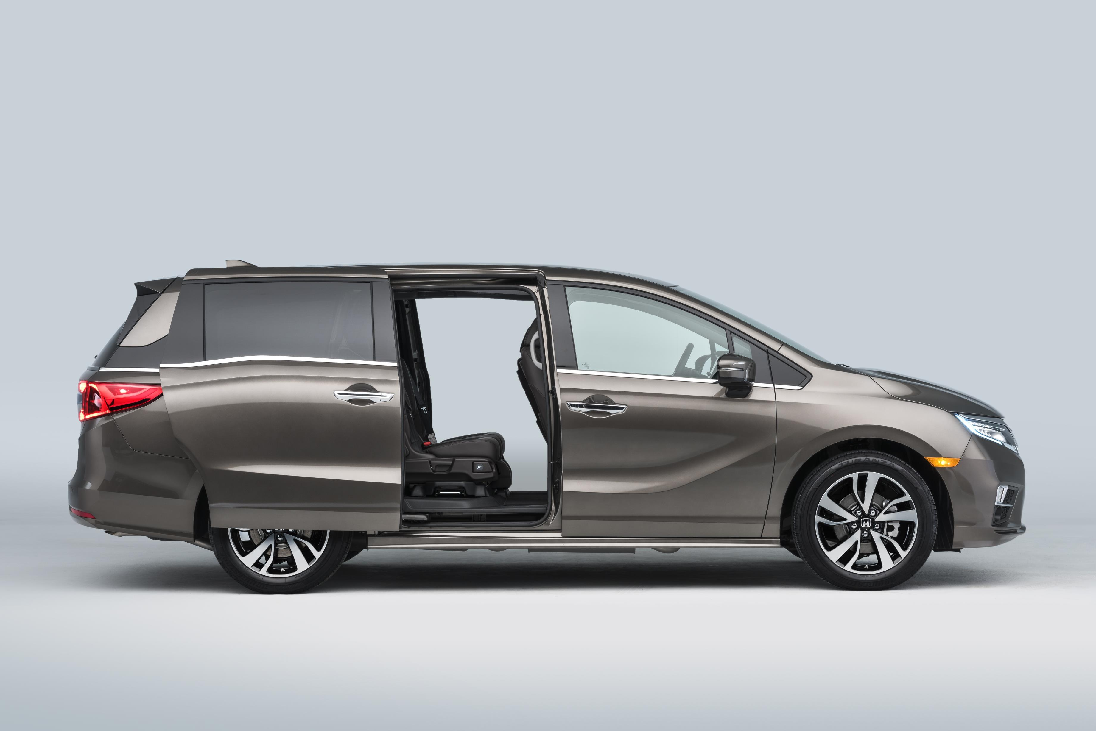 the for elite honda to money endowed odyssey is child touring story auto minivan bus review go