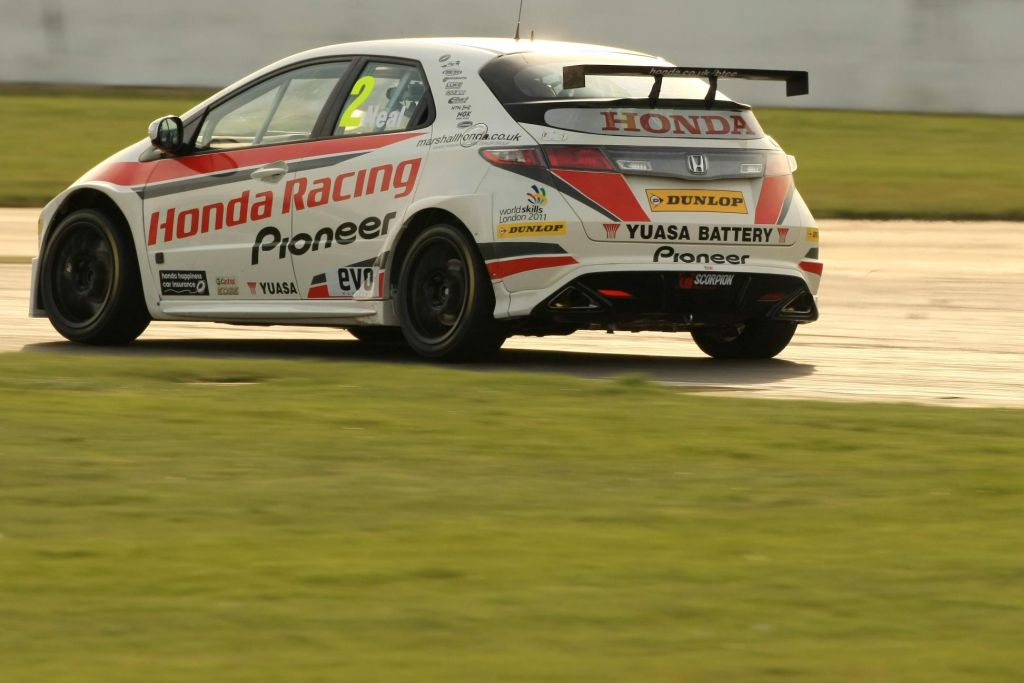 Honda Racing Announces New BTCC Sponsors - autoevolution