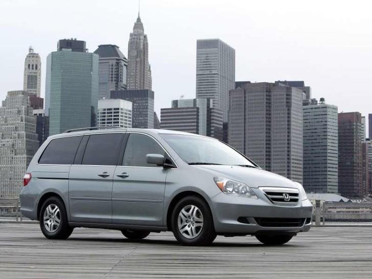honda recalls 250 000 vehicles over braking issue. Black Bedroom Furniture Sets. Home Design Ideas