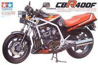 1983 Honda CBR400F equipped with the REV system