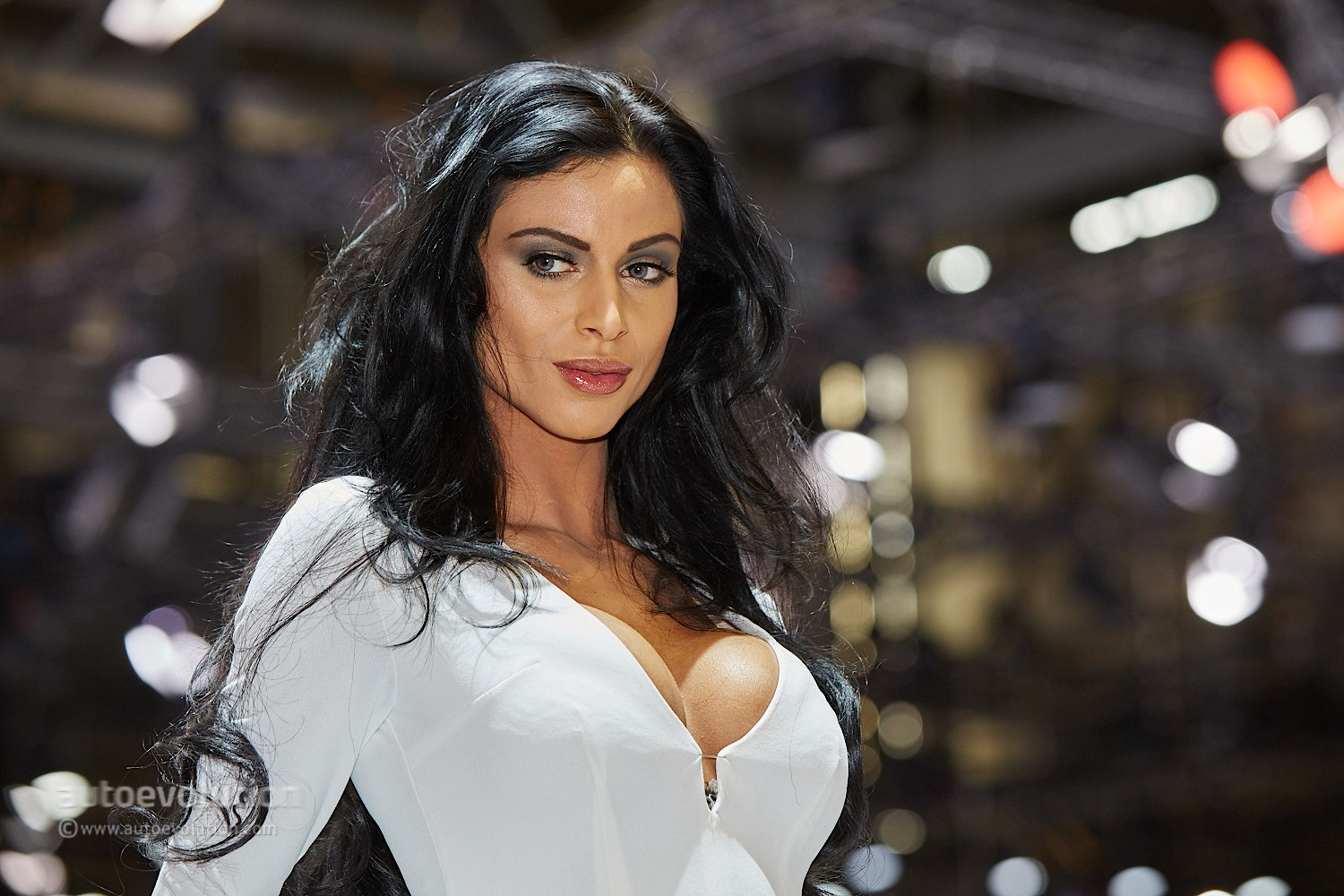 Hot Girls At The Geneva Motor Show 2015 Autoevolution