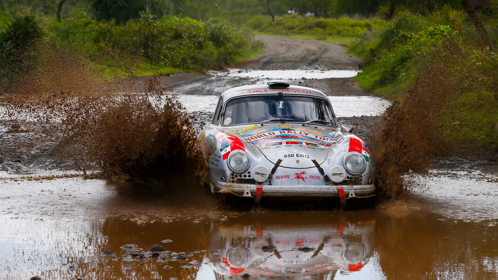 How A 1956 Porsche 356 Turned A 64 Year Old Mother Into A Racer Champion Autoevolution