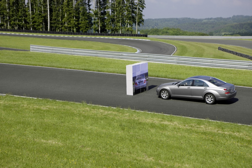 How Does Mercedes Pre-Safe Work - autoevolution